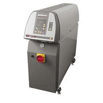 带触摸屏温控器 / 可编程 / 用于热通道系统