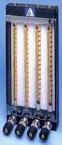 变面积流量计 / 用于气体 / 液体 / 直接读取式